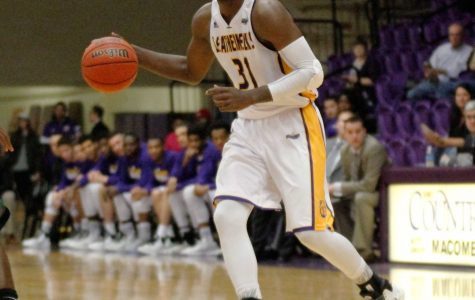Men's basketball finally bounce Jackrabbits