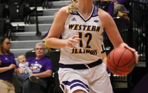 Women's hoops demolishes Graceland inside Western