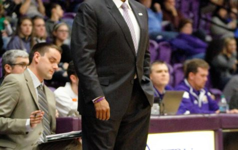 Men's basketball gear up for late Summit League push