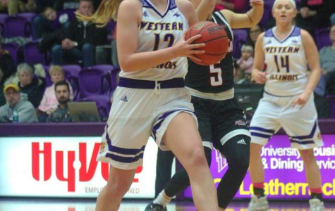 keep rollingWomen's hoops rally for fourth straight win in Fargo
