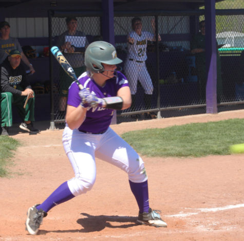 Softball poised to take the regular season crown
