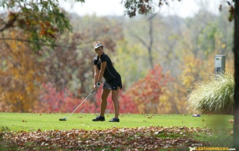 Deka, Arent lead way for golfers