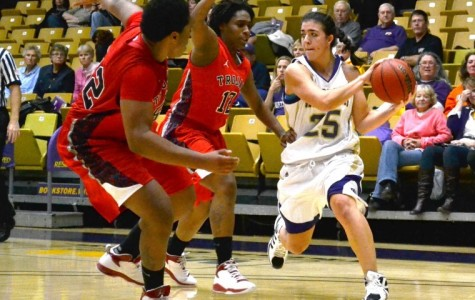 Leatherneck women dominate NAIA school in opener