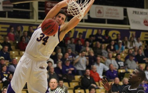 Swinging forward: After a disappointing ending, Western is poised for a momentous 2014 season