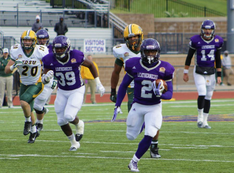 Leathernecks lose late lead to No. 1 Bison