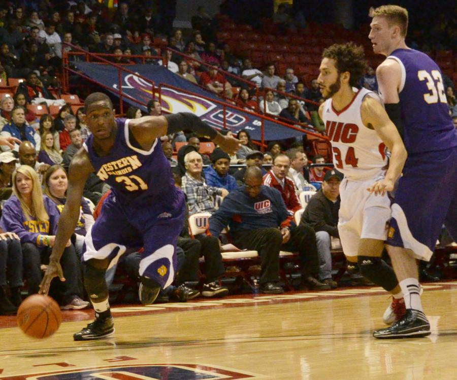 Leathernecks fall in Cleveland