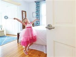 6 tips to keep mornings moving for busy moms
