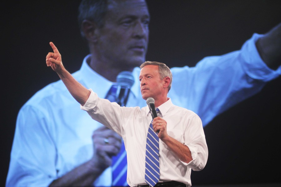 """""""All of us here tonight agree that we cannot allow Donald Trump or any of the Trump-wannabes in this year's Republican field to take over the White House,"""" O'Malley said. """"To that immigrant bashing, carnival barker, Donald Trump, let us stand up together, and say, the enduring symbol of our nation is not the barbed wire fence, it is the Statue of Liberty."""""""