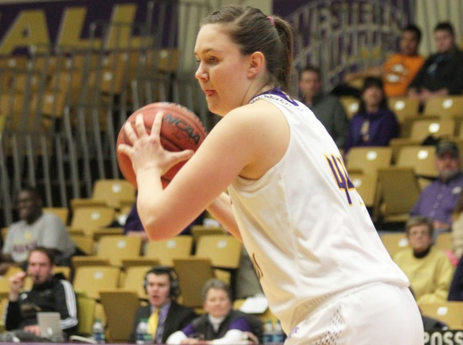 Sophie Reichelt's go-ahead 3-pointer didn't hold up long enough to beat South Dakota State.