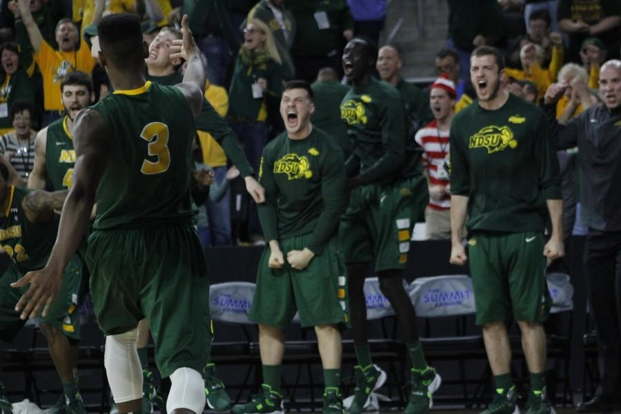Carlin Dupree (left) hits the game winning shot for the North Dakota State Bison after trailing the IPFW Mastodons by 18 points earlier in the contest.