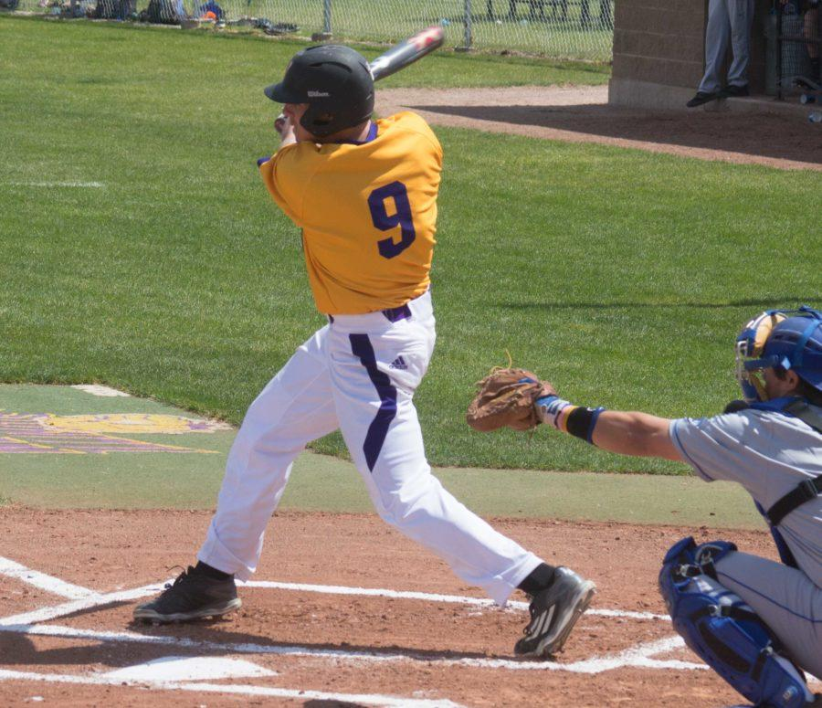 Roman+Visintine+has+been+consistent+in+his+role+as+the+leadoff+hitter+for+the+Leathernecks+in+2016.