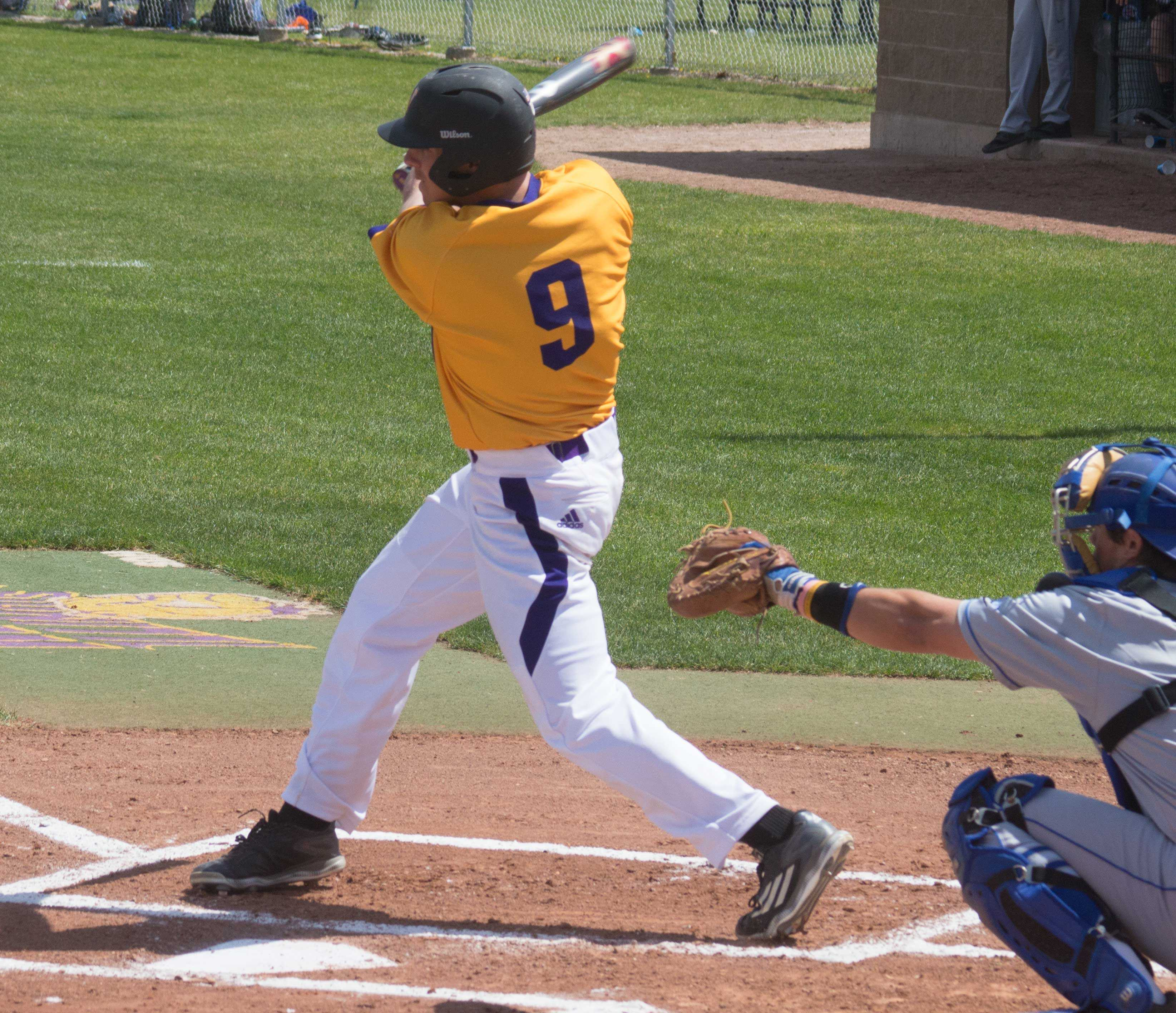 Roman Visintine has been consistent in his role as the leadoff hitter for the Leathernecks in 2016.