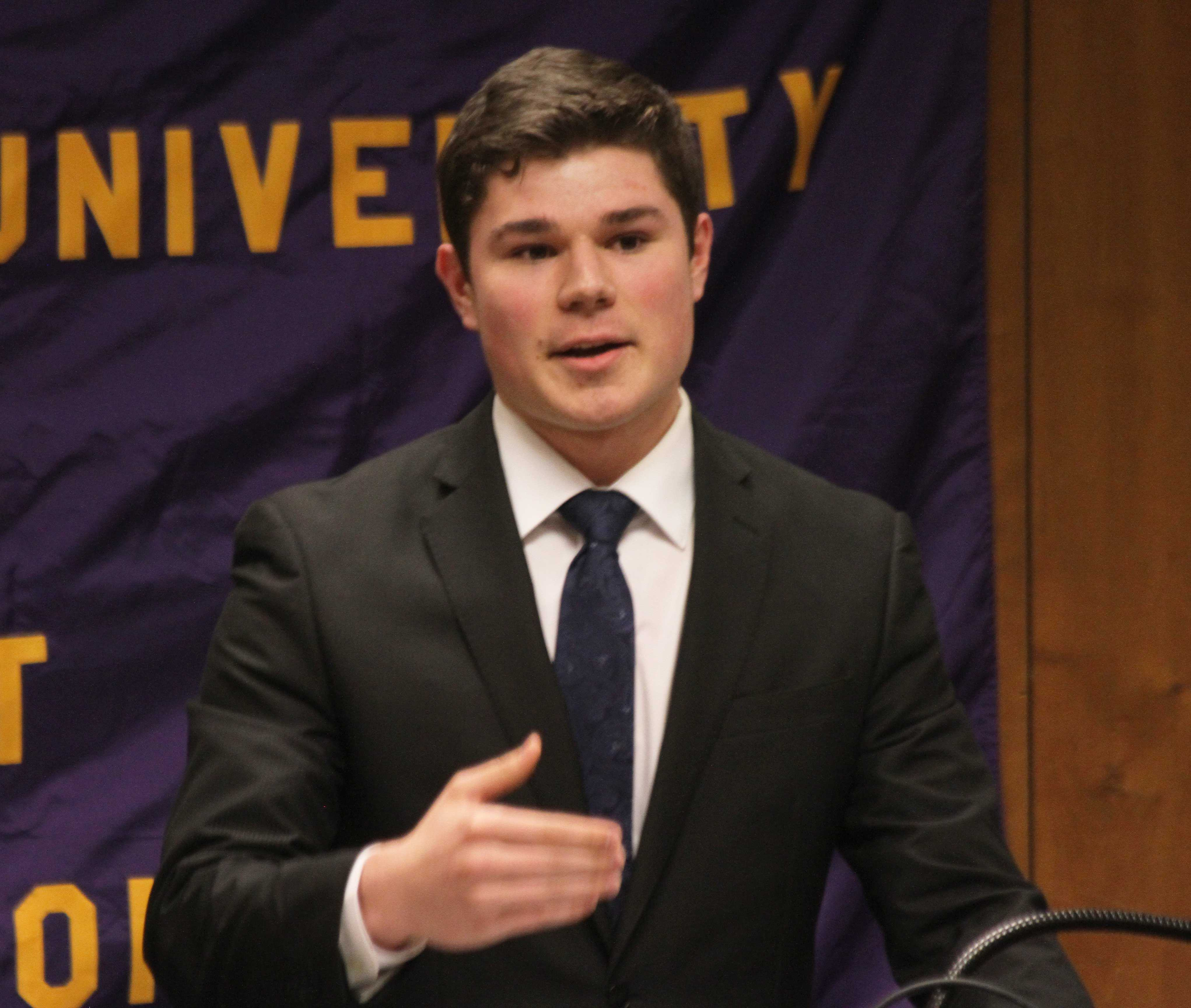 Andrew Mueller is elected to the position of Speaker of the Senate for Student Government Association (SGA) for the 2016-17 school year over opponent John Kennealy. Inter-Hall Council (IHC) senator Maddie Heinzer presents her bill to the floor that asks to extend the GoWest Route 6 Maroon line to 30 minutes after Malpass Library closes.