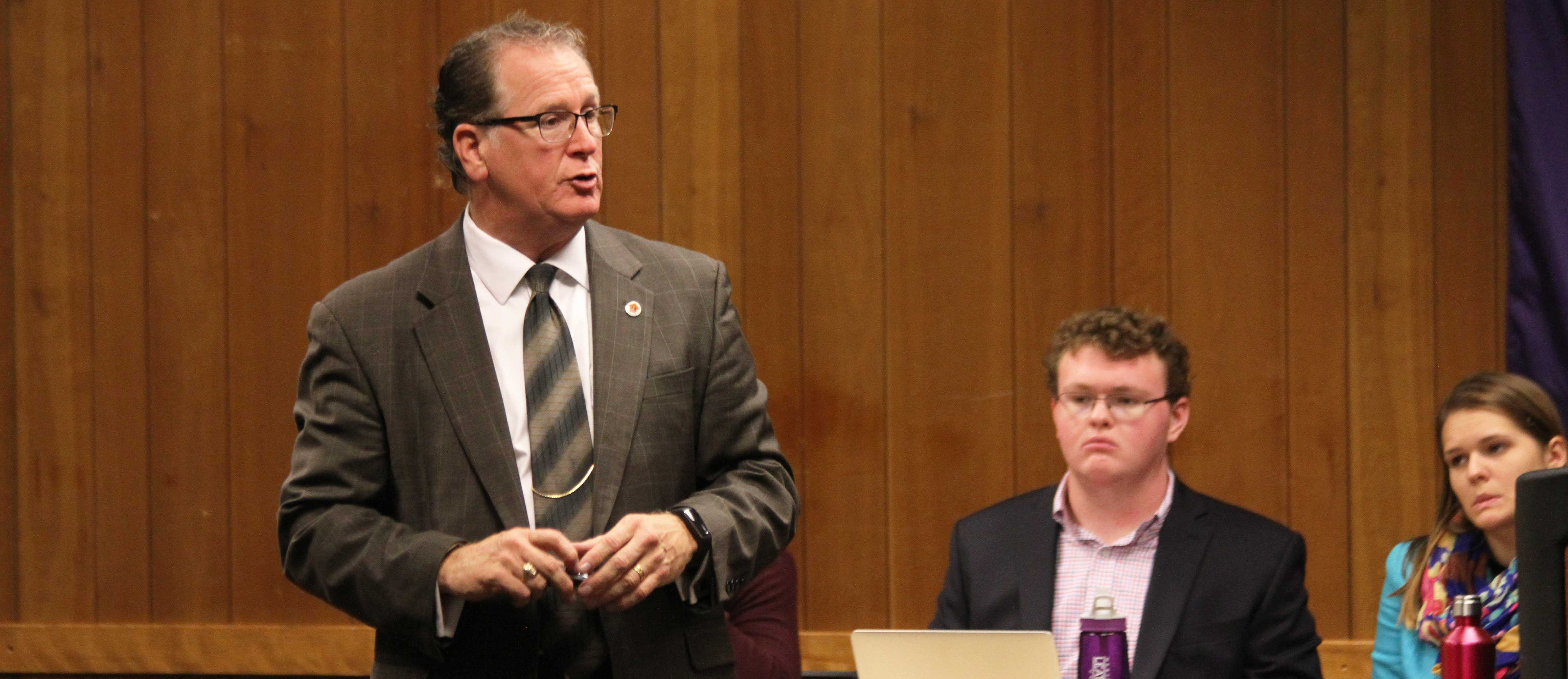 Superintendent of Macomb Community unit School District 185 Patrick Twomey speaks to SGA Tuesday night