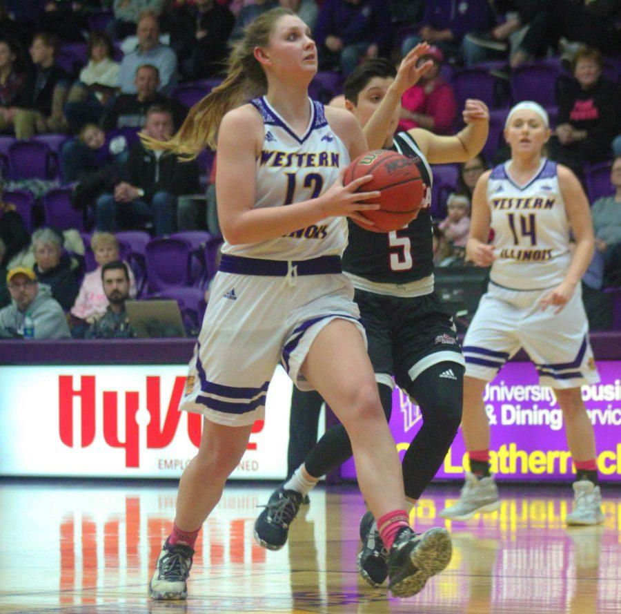 Morgan Blumer, Summit League Female Athlete of the Month, led Western with 20 points on Wednesday.