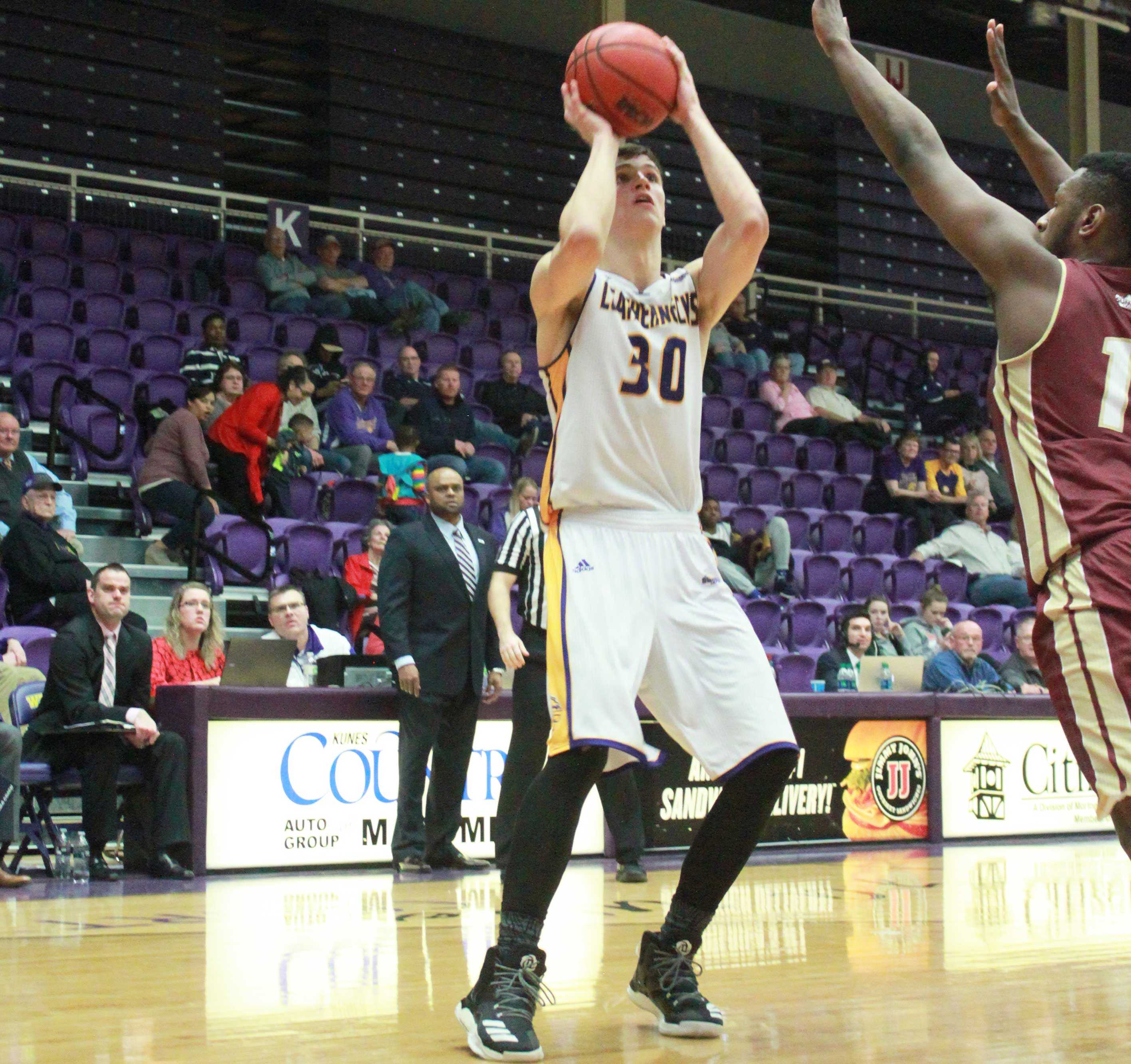 Mike Miklusak made four 3-pointers and scored 21 points last night.
