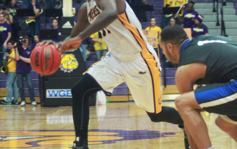 Men's basketball prepares for top seeded Coyotes
