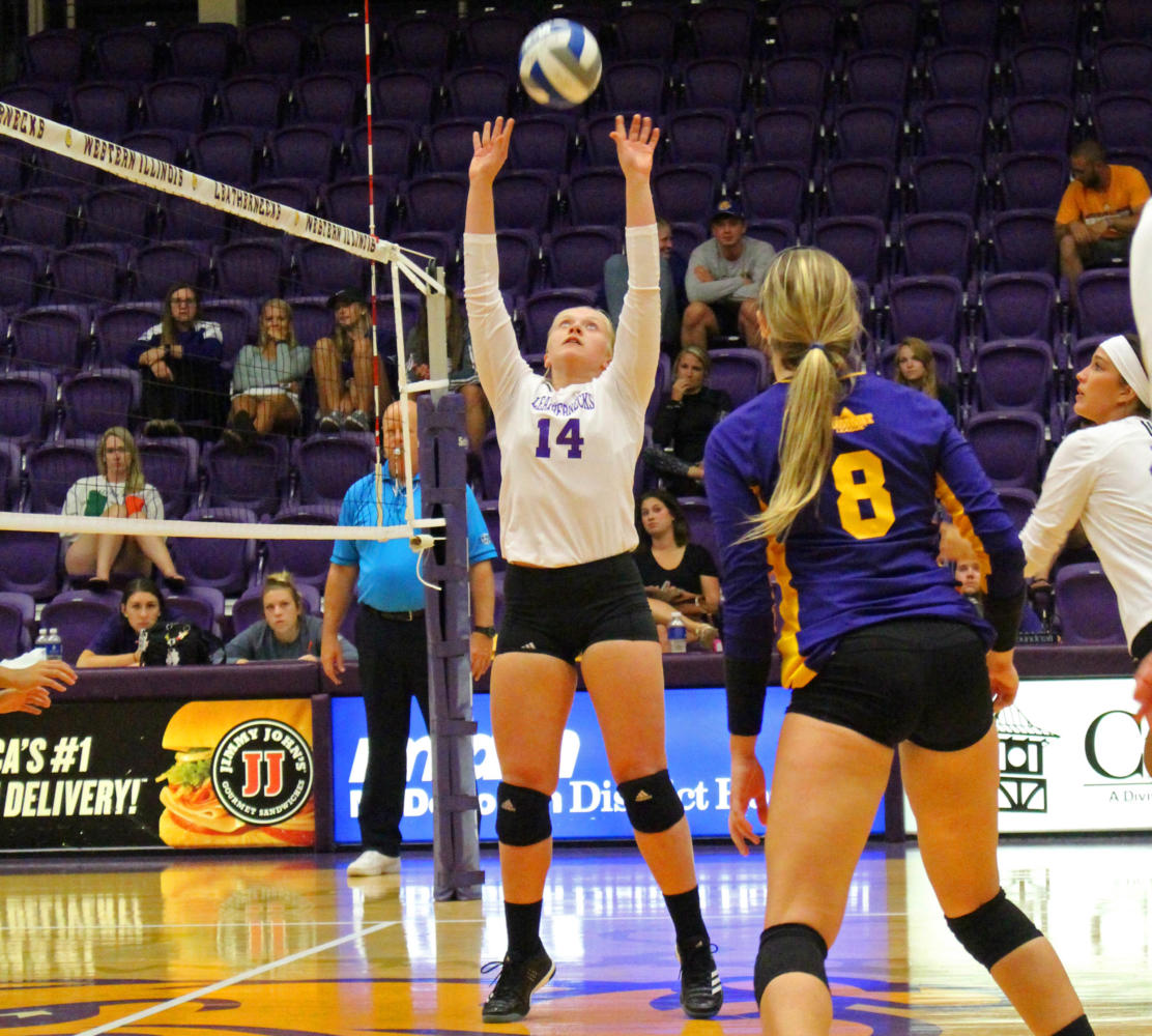 ariel+ramirez%2F+courier+staff+%0ACassie+Hunt+sets+up+a+Leatherneck+point+at+the+BWW+Invitational.+