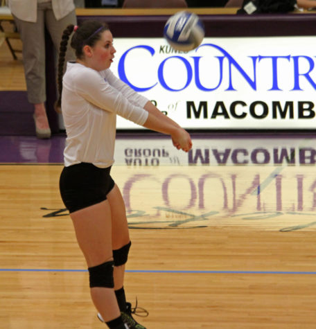 Western volleyball fails to find a win at BWW Invitational
