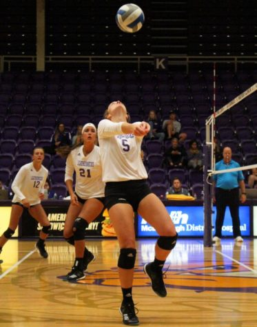Western volleball takes two at EIU Invitational