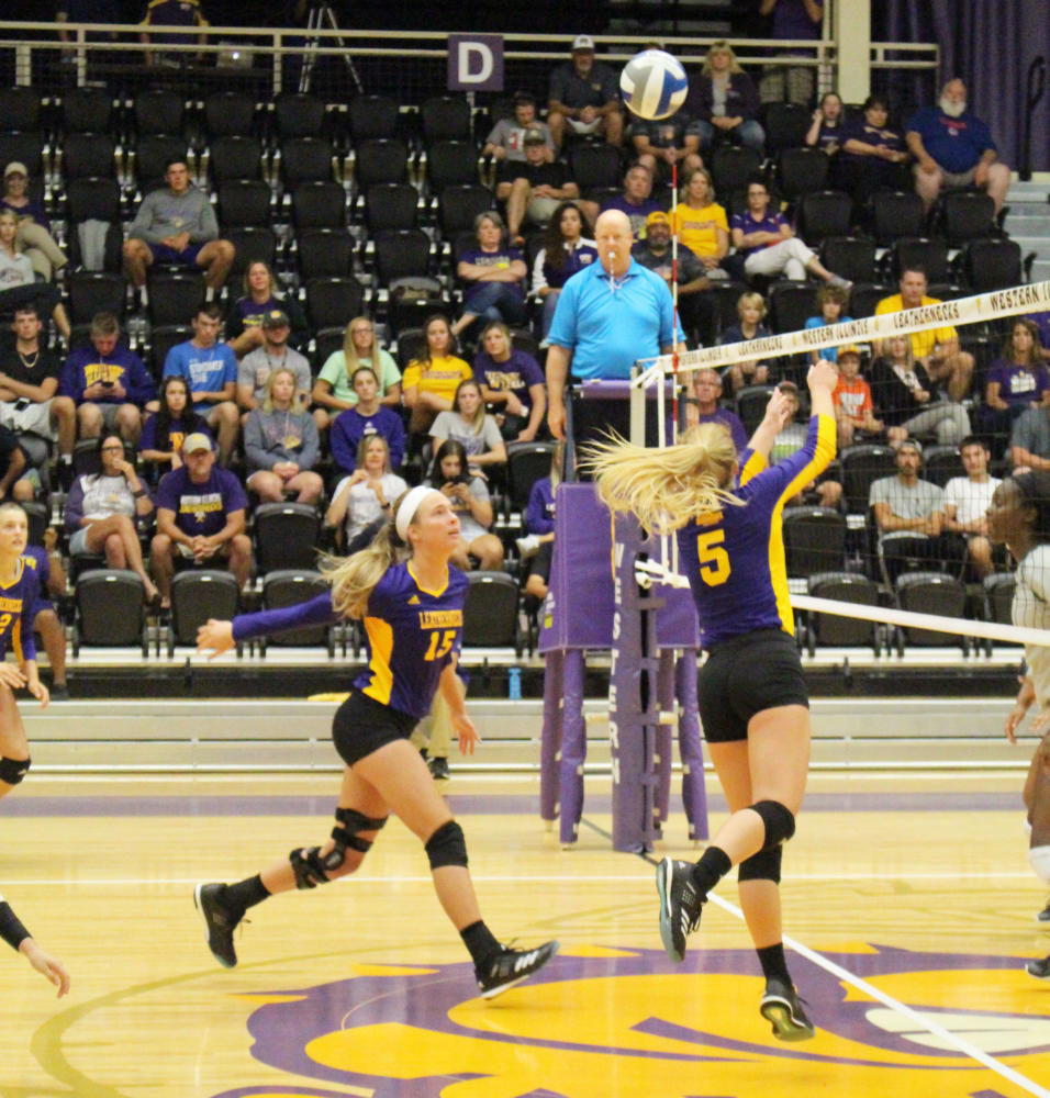 Mackenzie Steckler gathers herself before a kill against St. Louis University.