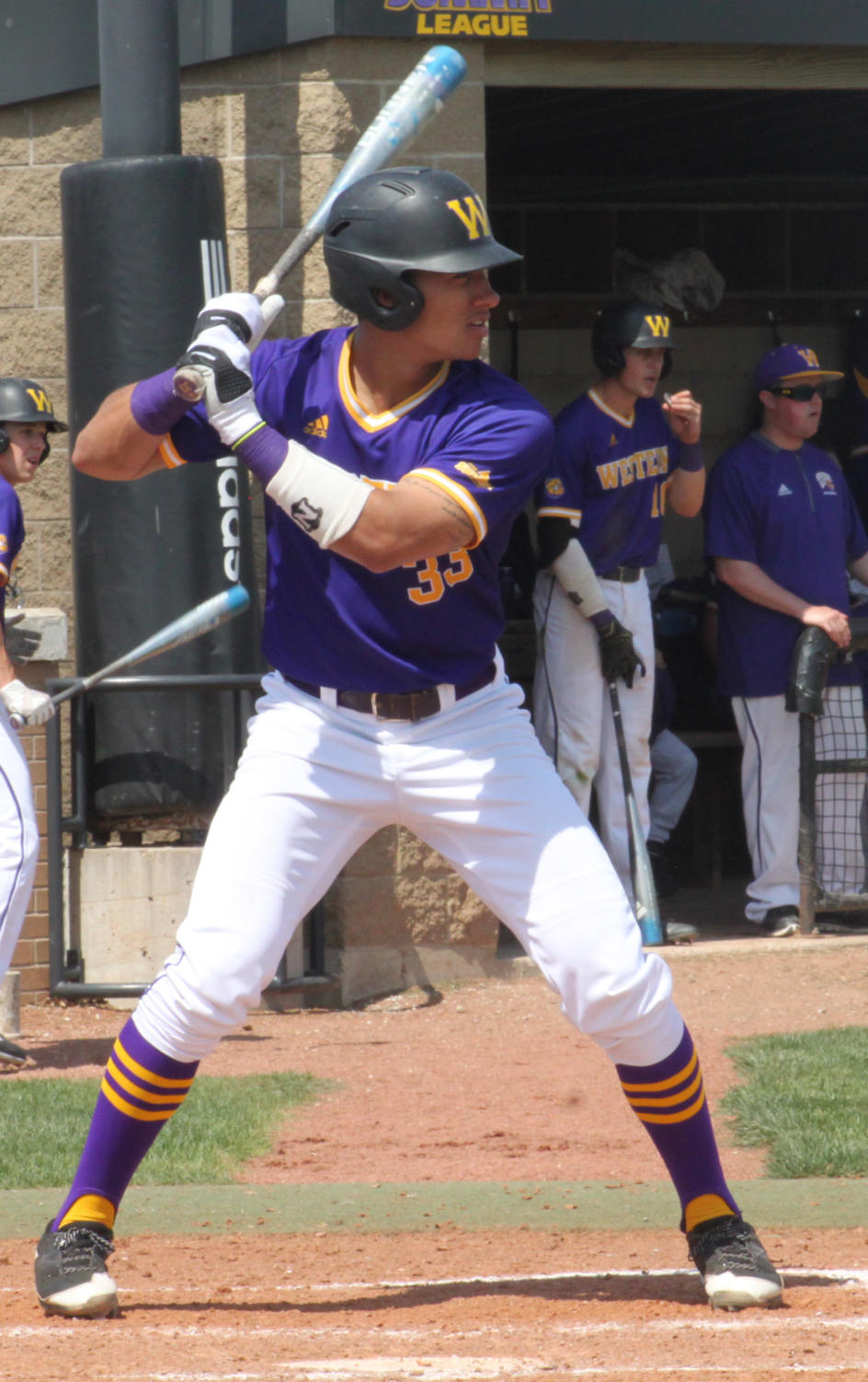 Deion Thompson at bat for the Leathernecks.