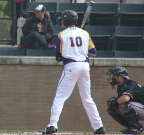 Leathernecks chop down Lumberjacks; stay unbeaten