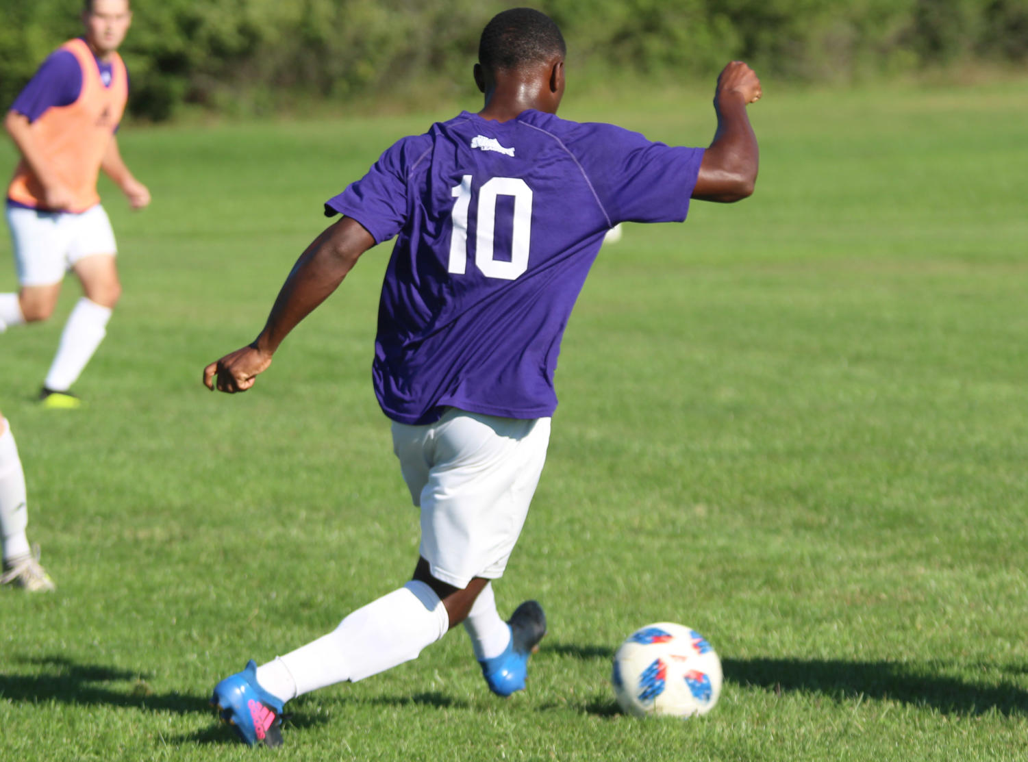 Daniel Kadima dribbles the ball in a training session for the Leathernecks.