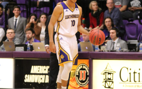 Men's basketball lose three straight