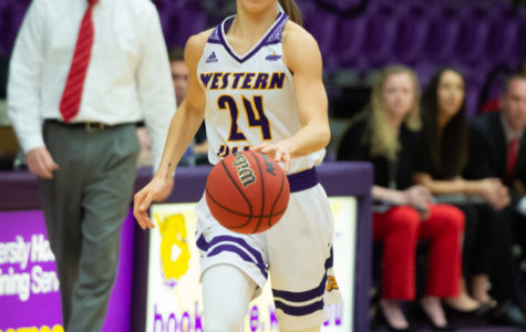 Women's basketball bounces back at home