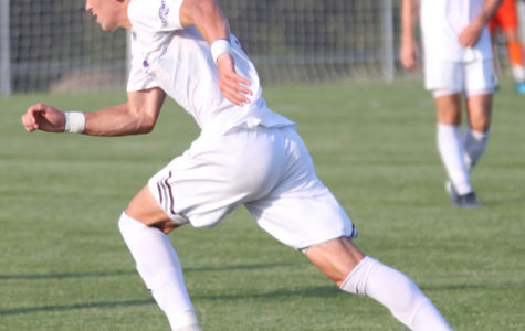 Men's soccer picks up first win against Denver Pioneers