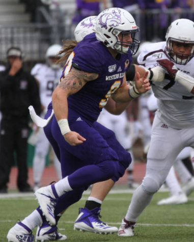 Leathernecks fall prey to Coyotes