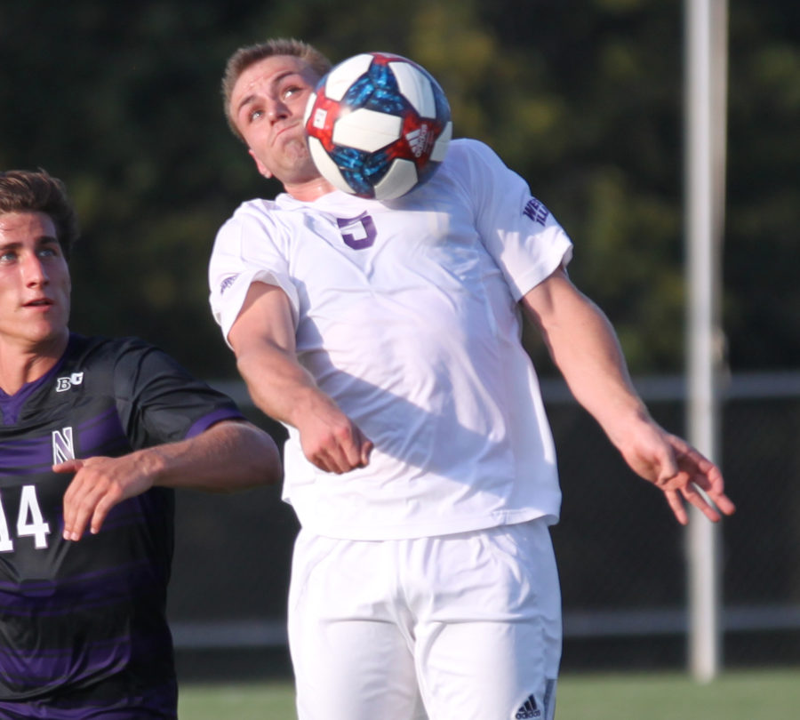 Paul Kirdorf settles the ball with his chest